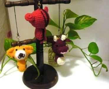 说明 : 材质:手工丝纱线*尺寸:长11-12cm *配件:吊绳,中国绳蝴蝶结